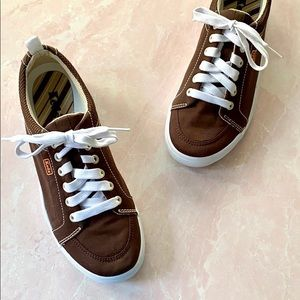 Keds Dark Brown Canvas Lace Up Sneakers Sz 6